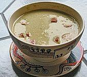 Wirsingsuppe mit Currysahne (Bild)