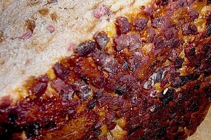 Zwiebel-Käse-Schinken-Brot 77