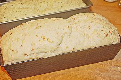 Zwiebel-Käse-Schinken-Brot 69