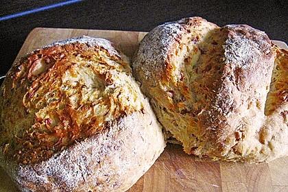 Zwiebel-Käse-Schinken-Brot 11
