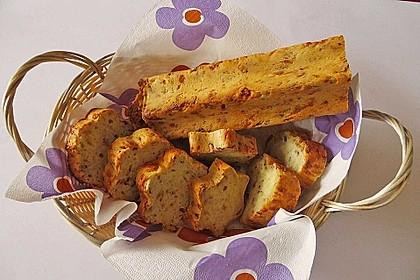 Zwiebel-Käse-Schinken-Brot 13