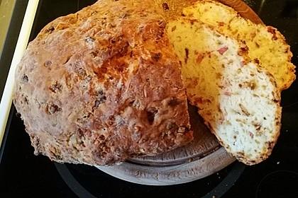 Zwiebel-Käse-Schinken-Brot 20