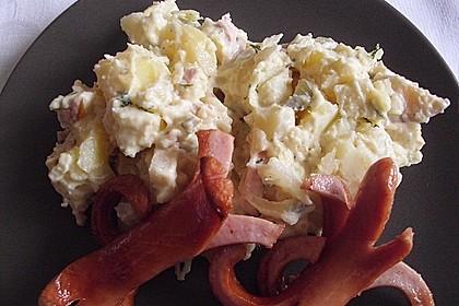 Kartoffelsalat nach Mutters Art mit Fleischsalat 16