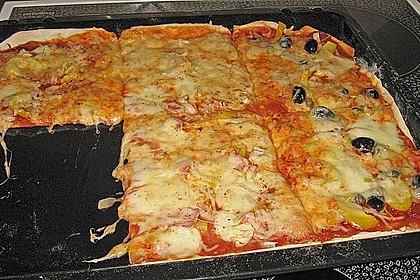 Pizzaboden - dünn und knusprig 23