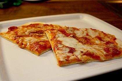 Pizzaboden - dünn und knusprig 13