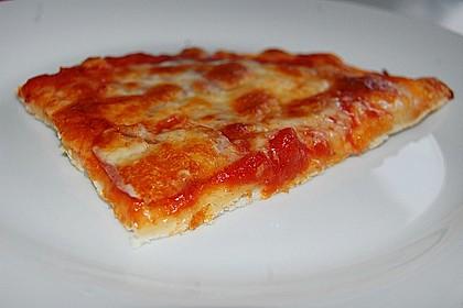 Pizzaboden - dünn und knusprig 53
