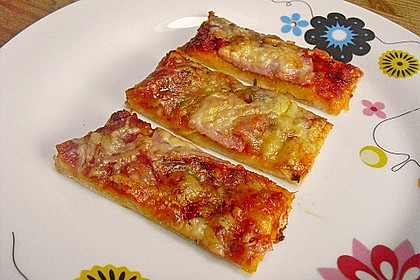 Pizzaboden - dünn und knusprig