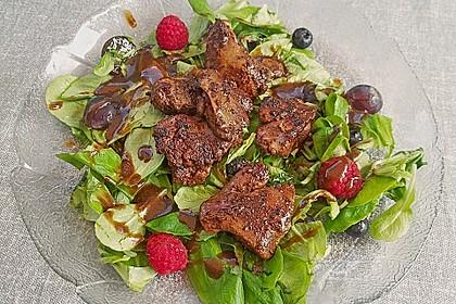 Granatapfel und Feldsalat mit Geflügelleber
