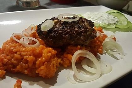 botos Bifteki mit griechischem Tomatenreis 9