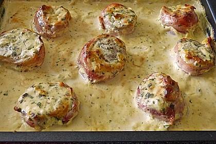 Schweinefilet in Bacon mit Frischkäsesoße überbacken 8