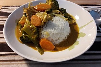 Thai Curry Erdnuss - Kokos - Hühnchen 40
