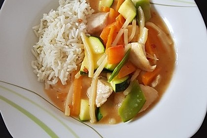 Thai Curry Erdnuss-Kokos-Hühnchen 7