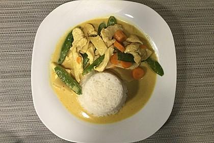 Thai Curry Erdnuss-Kokos-Hühnchen 13