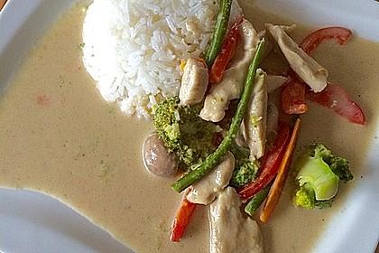 Thai Curry Erdnuss-Kokos-Hühnchen 33