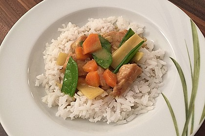 Thai Curry Erdnuss - Kokos - Hühnchen 33