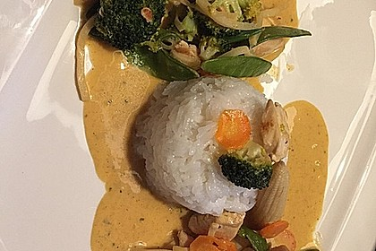 Thai Curry Erdnuss-Kokos-Hühnchen 31