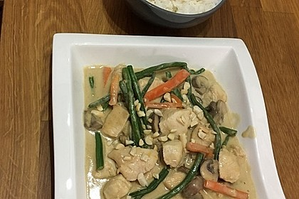 Thai Curry Erdnuss-Kokos-Hühnchen 72
