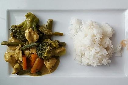 Thai Curry Erdnuss - Kokos - Hühnchen 54