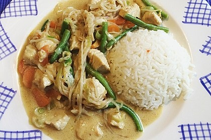 Thai Curry Erdnuss - Kokos - Hühnchen 18
