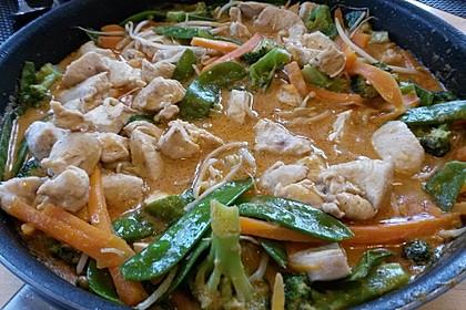 Thai Curry Erdnuss - Kokos - Hühnchen 25