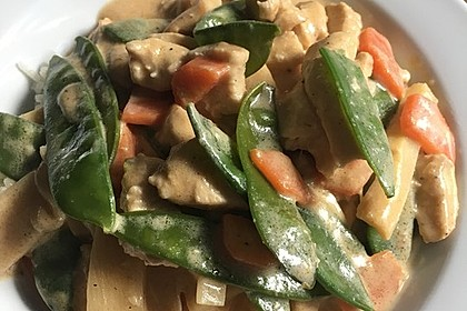 Thai Curry Erdnuss - Kokos - Hühnchen 52