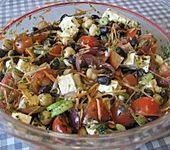 Kichererbsensalat mit roten Zwiebeln und Feta (Bild)