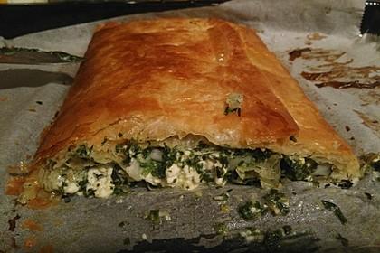 Orientalische Pastete mit Spinat und Schafskäse 3
