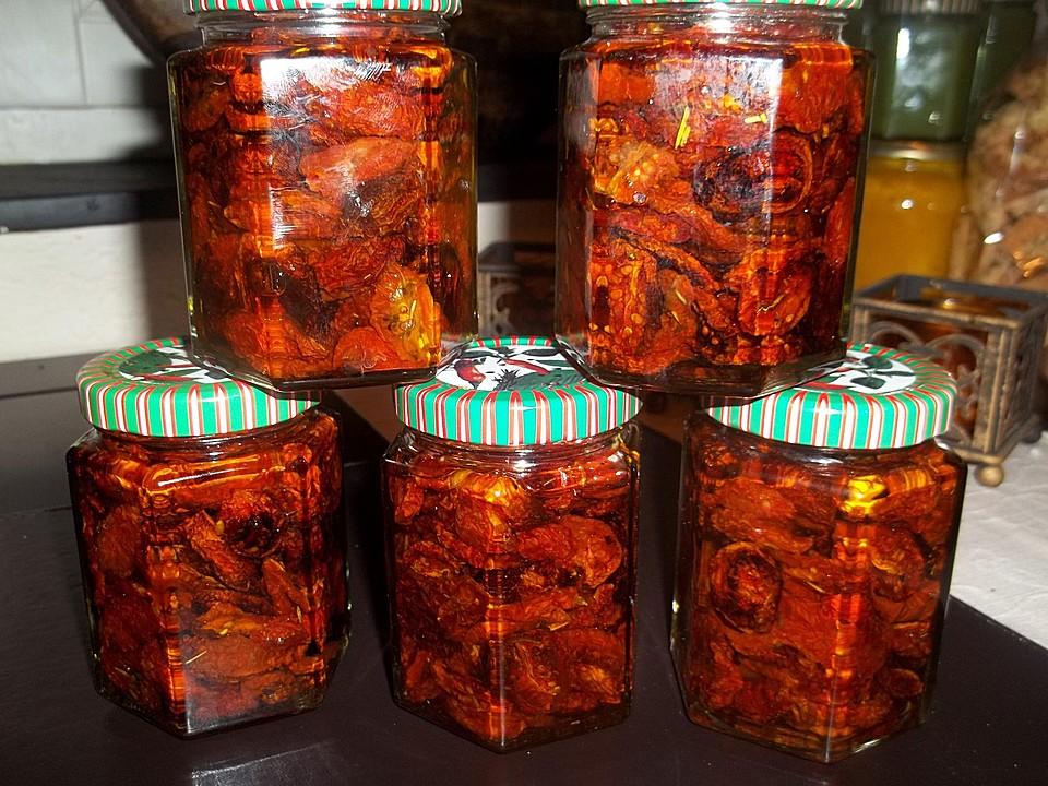 getrocknete tomaten mit orangenschale und thymian von. Black Bedroom Furniture Sets. Home Design Ideas