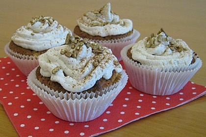 Apfel - Marzipan - Cupcakes mit Zimtsahne 6