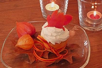Apfel - Marzipan - Cupcakes mit Zimtsahne 5