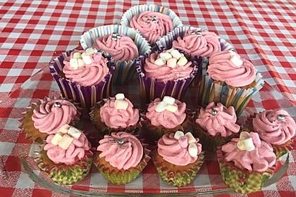 Apfel - Marzipan - Cupcakes mit Zimtsahne 2