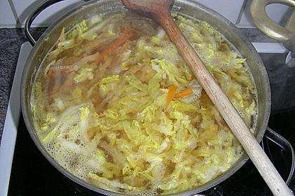 Gemüsesuppe mit zartem Hühnerfleisch 4