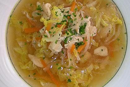 Gemüsesuppe mit zartem Hühnerfleisch 2