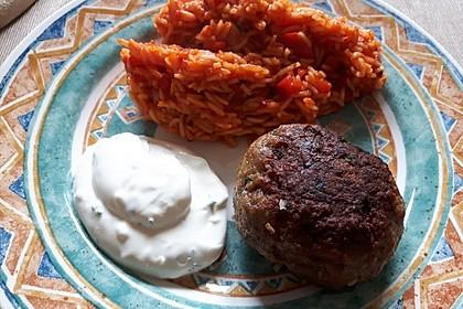 Bifteki mit Schafskäse 1