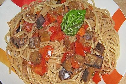 Spaghetti mit Auberginen - Tomaten - Soße