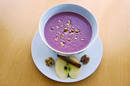 Rotkohl - Walnuss - Suppe