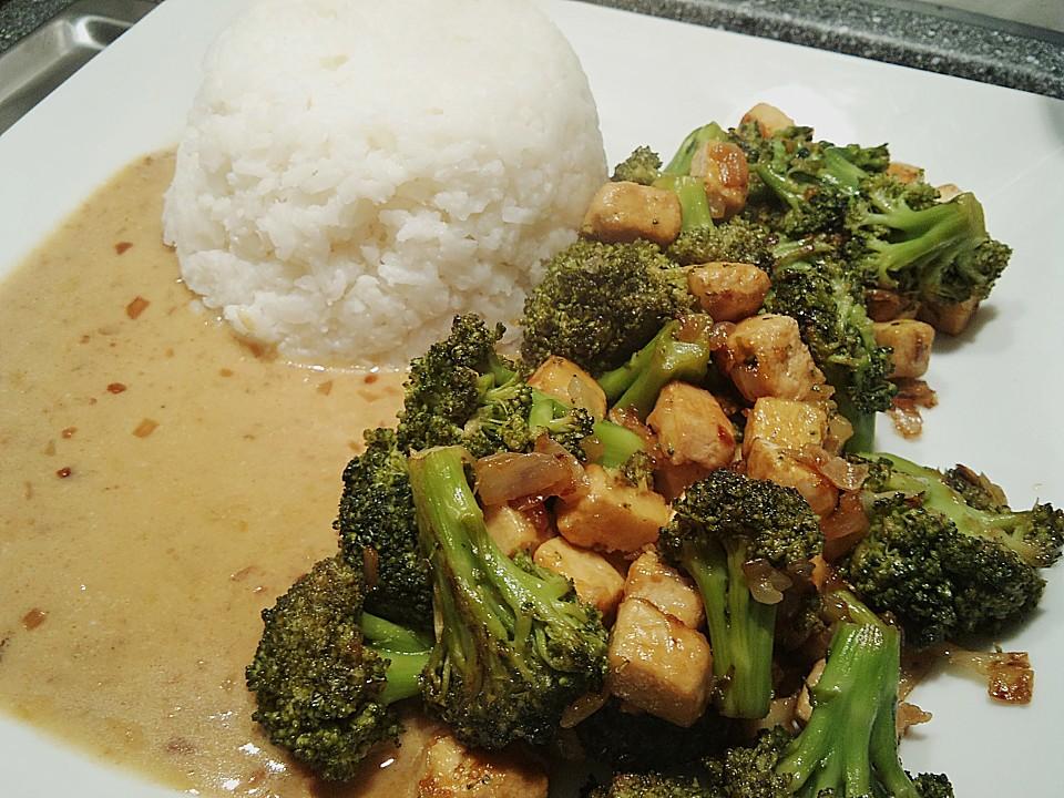 brokkoli tofu pfanne mit erdnussso e rezept mit bild. Black Bedroom Furniture Sets. Home Design Ideas