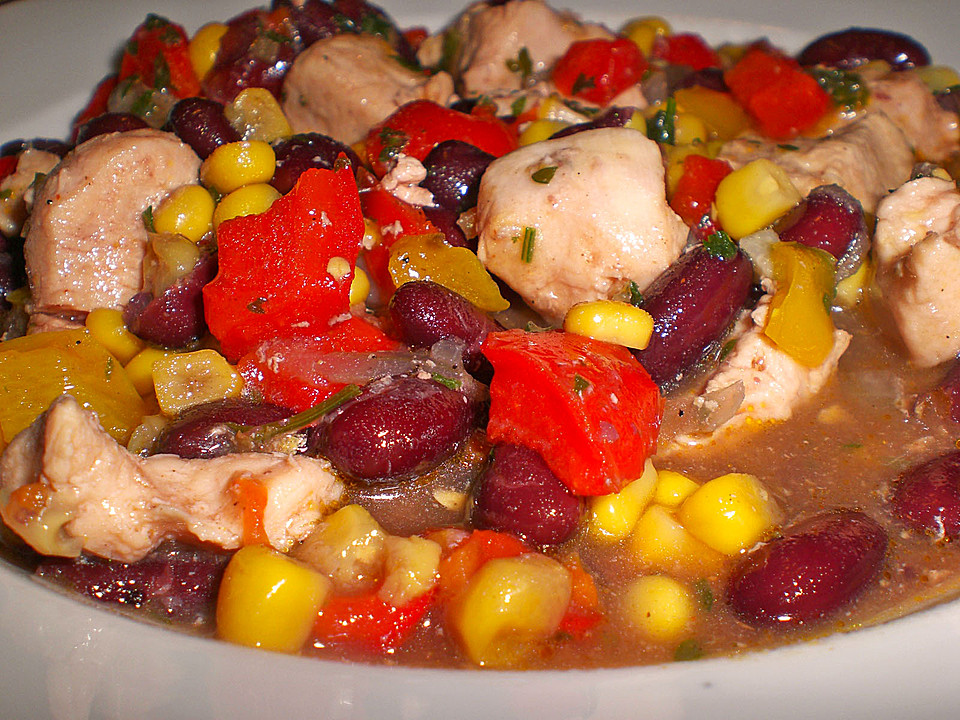 Chili Con Pollo Recipe — Dishmaps