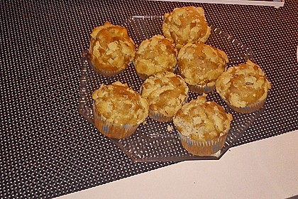 Marzipan - Apfel - Muffins mit Zimtstreuseln 11