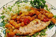 Putenschnitzel mit Curryfrüchten