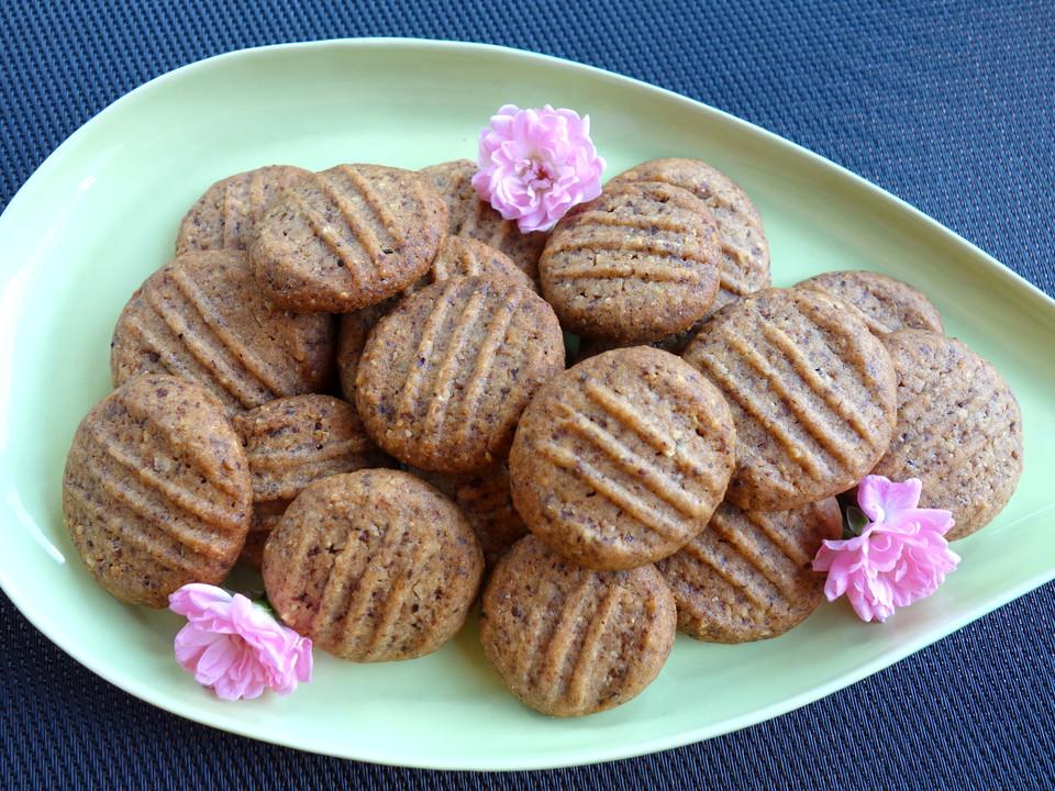 schoko haselnuss cookies rezept mit bild von ladybird87. Black Bedroom Furniture Sets. Home Design Ideas
