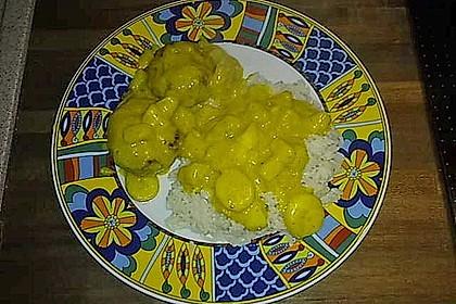 Frikadellen mit Ananas - Bananen - Curry - Sauce