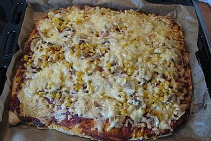Marinas Pizzateig mit Backpulver 26