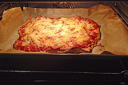 Marinas Pizzateig mit Backpulver 28