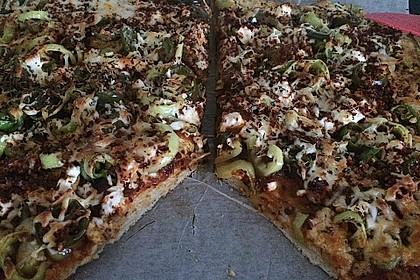 Marinas Pizzateig mit Backpulver 9