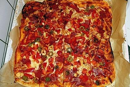 Marinas Pizzateig mit Backpulver 2