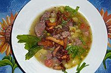Becksche Kartoffelsuppe mit frischen Pfifferlingen