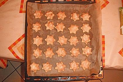 Sterne mit Mandelfüllung  aus Omas Backbuch