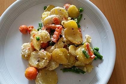 Saftiger Kartoffel - Gemüse - Auflauf