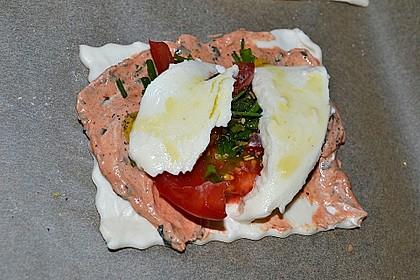 Kleine Blätterteig - Pizzen 38